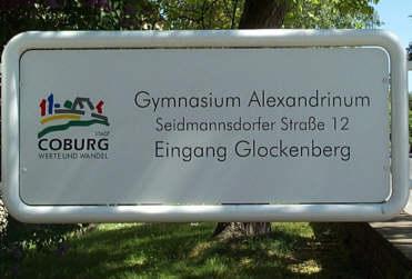 Eingangsschild am Glockenberg